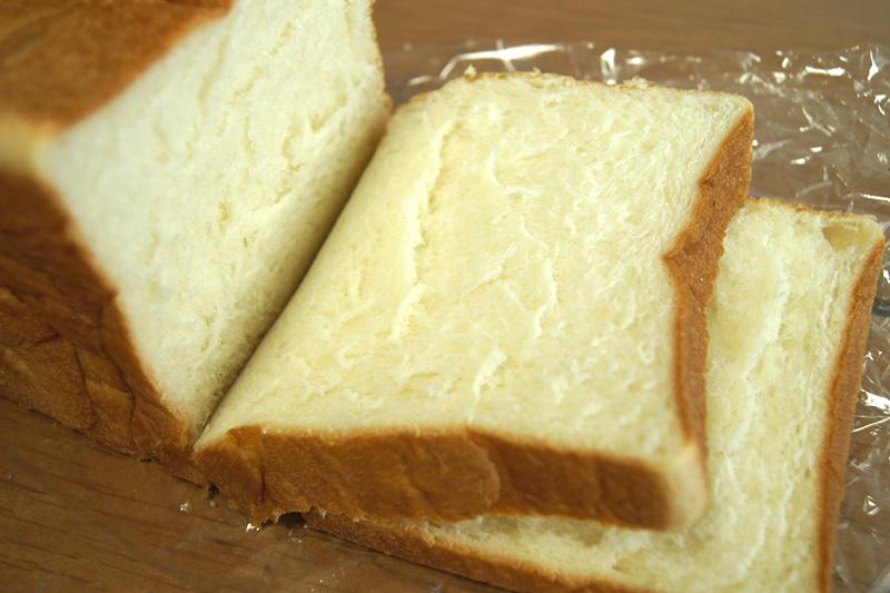 乃が美の高級「生」食パン