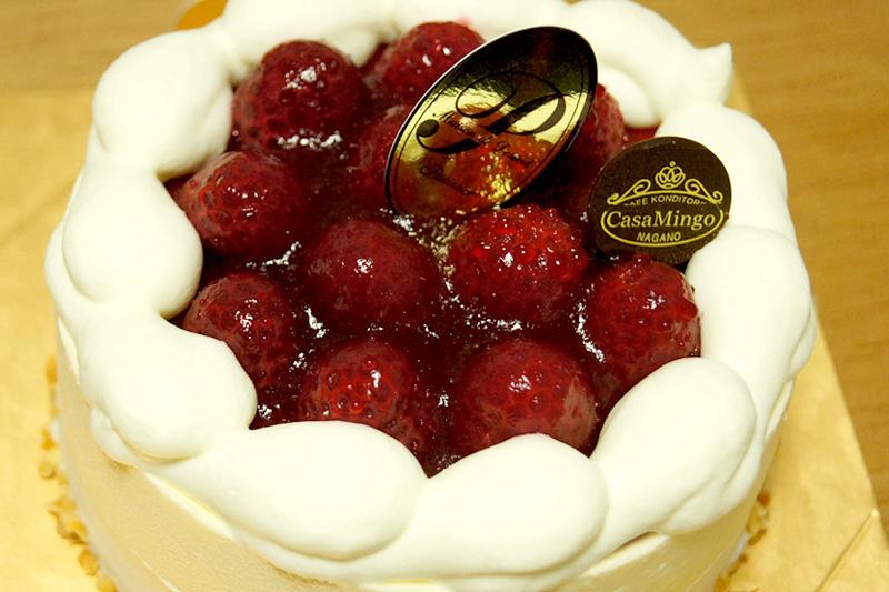 最高級洋菓子 シュス木苺レアチーズケーキ